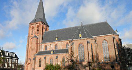 Kerk Rooms-Katholieke begraafplaats Benschop